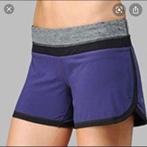 Lululemon Groovy Run Short Lolo purple